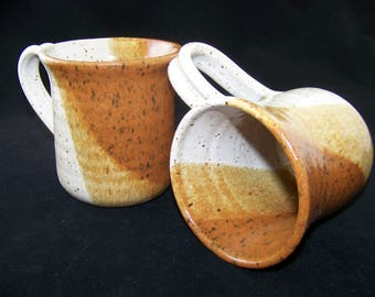 2 Coffee Mugs in Rust and Linen Glazes