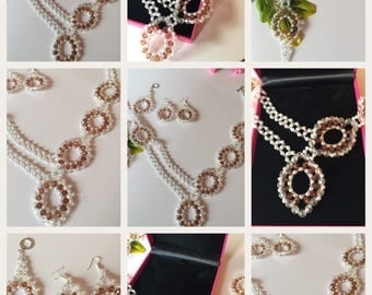 Pearl Jewelry set: Necklace, bracelet, earrings and jewelry
