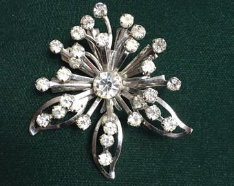 Vintage Silver Tone and Rhinestone Starburst Pin/Brooch