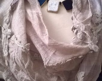 Cotton, viscose and beige lace scarf
