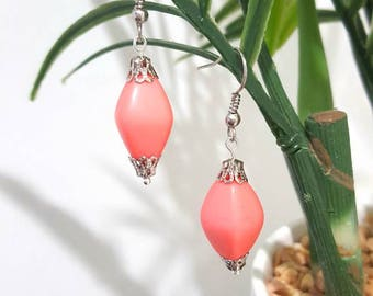 Vintage look pink drop earrings