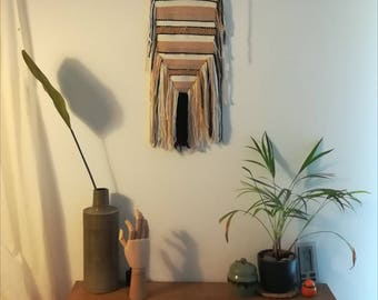 Wall tapestry / weaving
