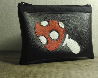 Mushroom pattern leather wallet