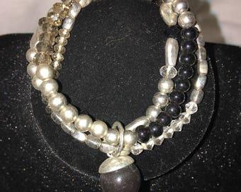 Multilayered Gold Bracelet adjustable