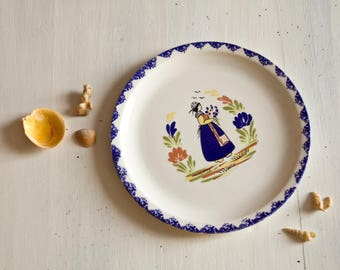 Quimper Brittany pottery Decor plate