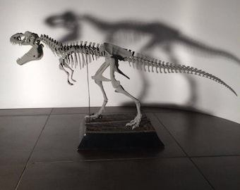 "PRE ORDER - Jurassic Park T. Rex skeleton, 1 : 10 scale, ""Rexy"""