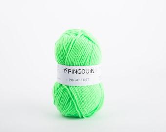 wool Pingo first neon green