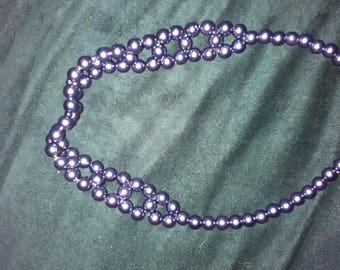 NECKLACE purple or plum of 40 cm