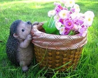 Cute Hedgehog Pot,Garden Dec,Flower Pot ,Flower Planter, Planter Display LG170103