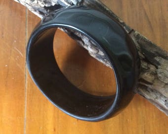 Vintage plastic black bangle