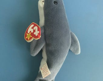 Rare Crunch Beanie Baby with no stamp! Collectors item!
