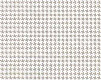 Gray and White Houndstooth Fabric by Fabric Finders - 100% Cotton