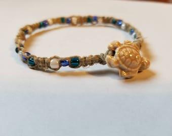 Hemp turtle bracelet