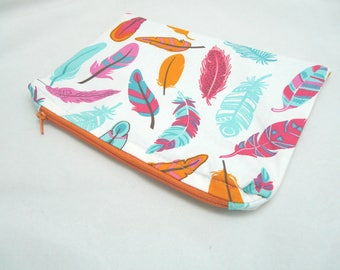 Small pouch / flat clutch / feather design green, pink, orange