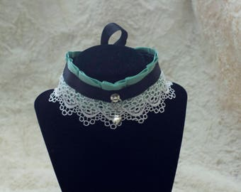 Pleated Ribbon and Lace BDSM Collar