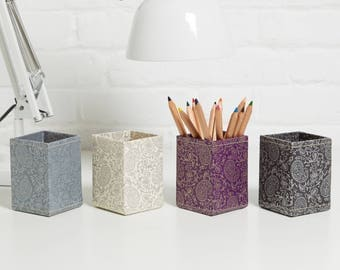 100% recycled gold and pewter paisley print pen pot