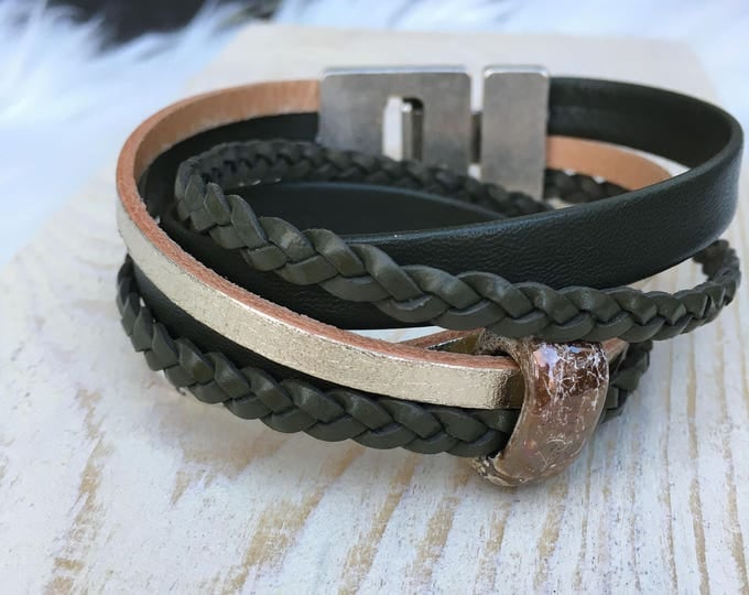 Free shipping within NL bracelet leather green Champagne bracelet Dqmetaal magnet Clasp