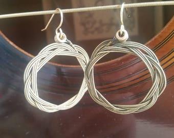 Guitar string earrings, Turk's Head