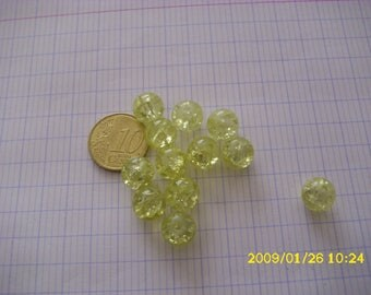 set of 12 yellow 10mm (1.2 mm hole) crackled glass beads