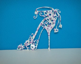 Cut out heel with small flowers in creating high quality gloss photo paper