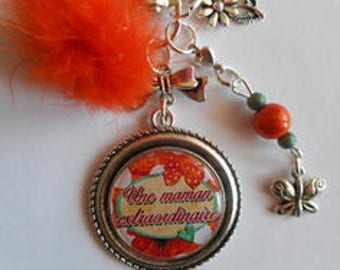 """Bag charm, door keys/MOM / """"A special MOM"""" / gift/mothers day / thanks/Christmas/birthday"""