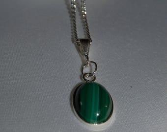 Necklace in silver 925 and its semi precious stone in Malachite