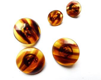 5 buttons in Brown transparent glass 10-18 Mm round retro