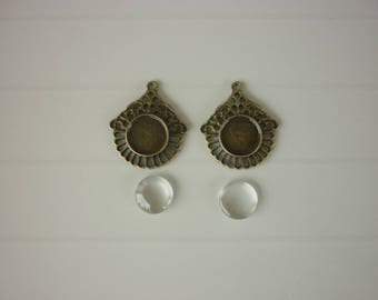Set of 2 lace edged cabochon cameo 2 glass cabochons 12mm