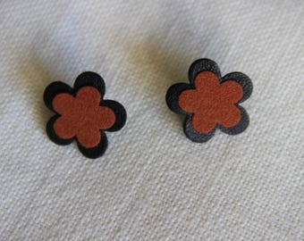 "black and rust leather ""flower"" earrings"
