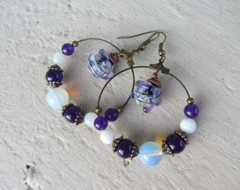 Hoop earrings Bohemian chic stone beads, fine, copper metal and artisan glass purple, white and copper charm