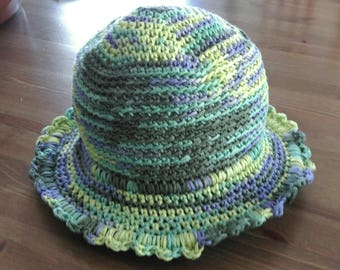 Hat girl in Lavender cotton tape / Heather Green
