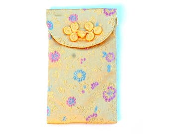 Japan spirit * clutch with strap, case cell phone Embroidered silk * accessory bag * pale yellow