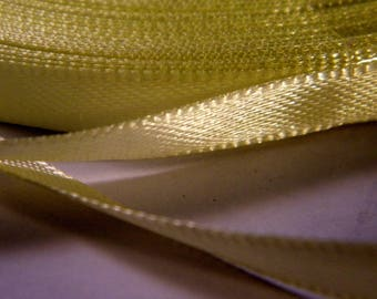 11 m yellow ribbons pale 6 mm - No. 2