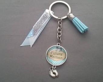 """MOM"" key ring by lolaclarabijoux"