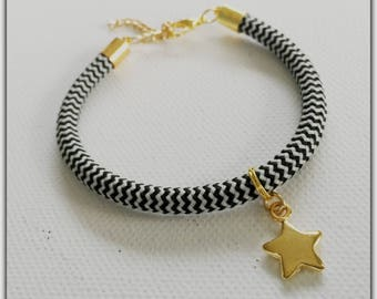 Bracelet gold and black and white rope star pendant