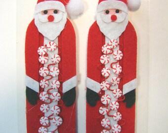 Set of 2 ornaments of Christmas stickers. 2 Santas.