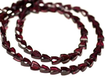 20pc - stone beads - Garnet faceted 5-6mm - 8741140022645 badges Triangles