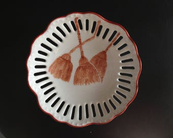 A nice gift: hand painted porcelain dish Organizer