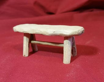 Miniature bench in oak, for decoration of Christmas crib or miniature house