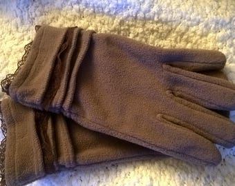 Fleece material and Brown Lace Gloves