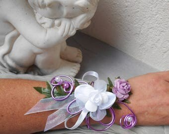 Bracelet for bride or bridesmaid - white and purple flowers