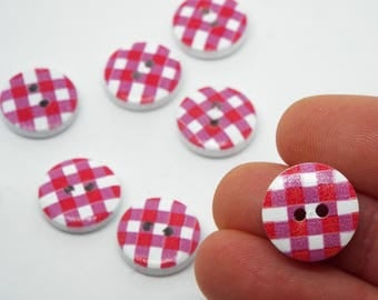 8x Red and White Checked wooden button 15mm round