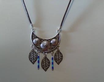 Half moon necklace leaves and beads