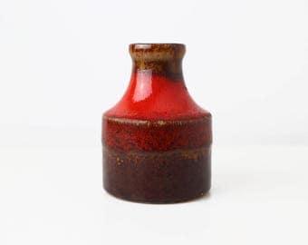 Scheurich tiny fat lava red vase 550 - 10 Fabiola design | Mid Century Modern, West German Pottery