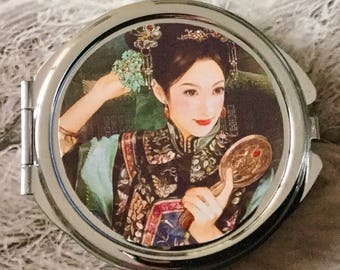 Pocket mirror Korean girl mirror in traditional dress
