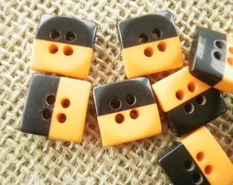 Set of 2 square four holes, orange and black buttons size 13 mm