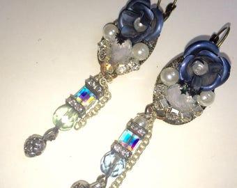 Earrings sleepers Marie Antoinette blue