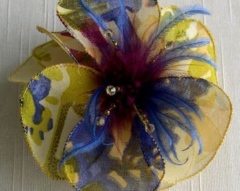 Small hair clip flower fabric & feathers 055