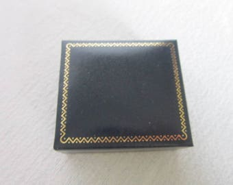 Vintage Nice Necklace Jewelry Box