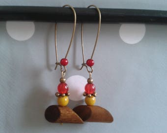 wood and glass bead earring